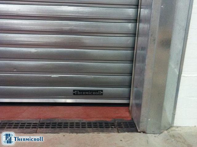 logo thermicroll porta rapida industriale porte sezionali porte coibentate