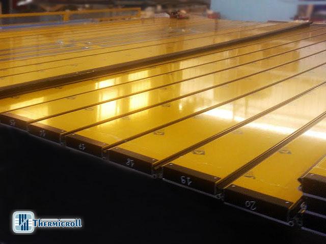 produzione delle porte industriali rapide e delle porte coibentate avvolgibili thermicroll