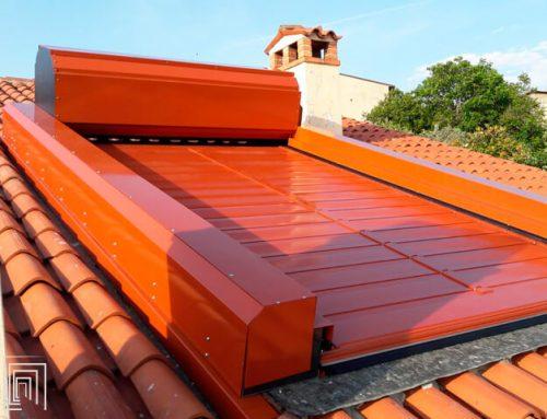Serranda avvolgibile come copertura di un balcone: progetto su misura in Veneto