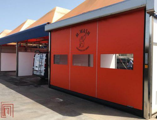 Porta ad avvolgimento rapido in pvc per autolavaggio in Sardegna
