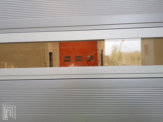 pannello trasparente serrande magazzino