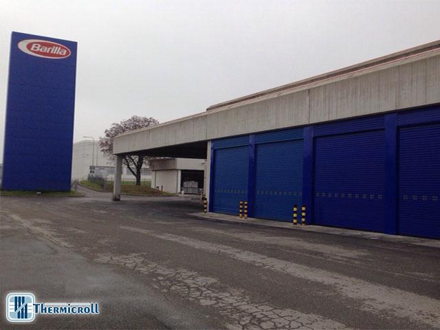 serrande avvolgibili industriali coibentate per magazzini e stabilimenti