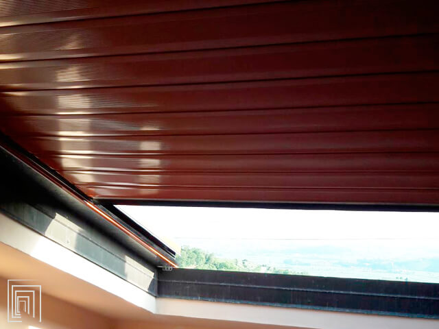 serranda avvolgibile balcone vista interna