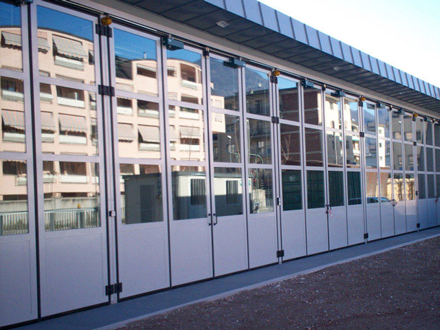 Folding doors windows