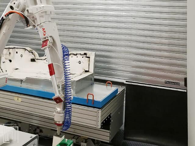 porta avvolgibile per cabina marcatura laser