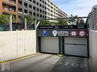 serrande parcheggio microforate